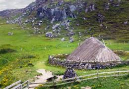 Bostadh Iron Age Village