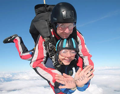Jessica Bell Skydiving - Camp Netheravon